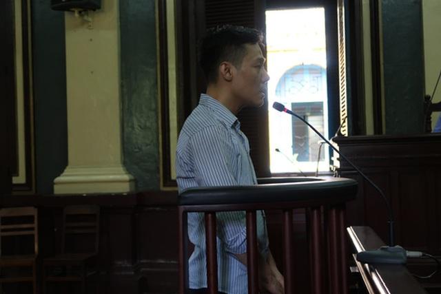 Phùng Đình Hòa tại tòa