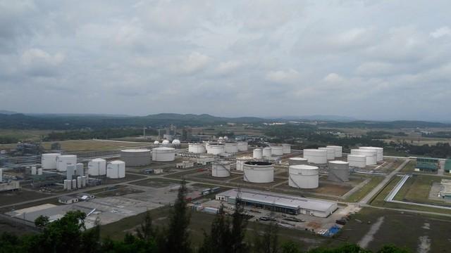 Lọc dầu Dung Quất từng phải đối mặt nguy cơ không bán được hàng. Ảnh: L.Bằng