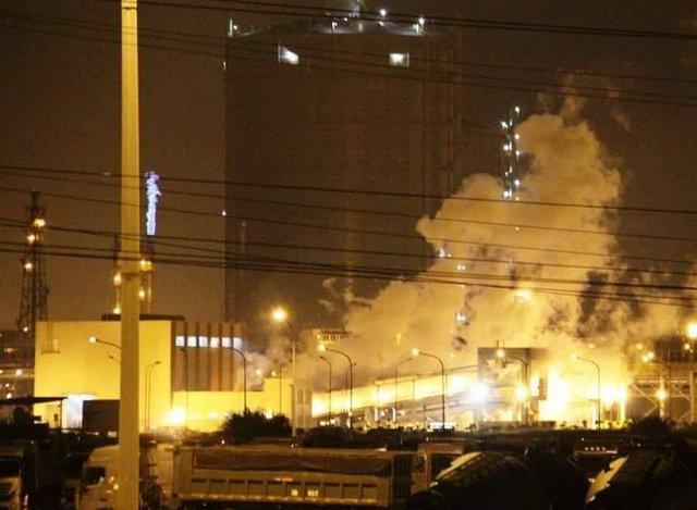 Hiện trường vụ nổ lớn tại Formosa Hà Tĩnh. (Ảnh: P. Trường)