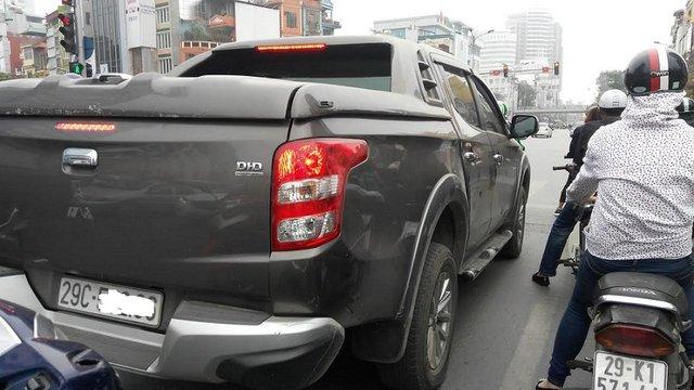 Xe bán tải đang được nhiều người sử dụng như xe con. Ảnh: L.Bằng