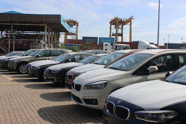 Nhiều điều kiện liên quan đến nhập khẩu ô tô còn nhiều bất cập.