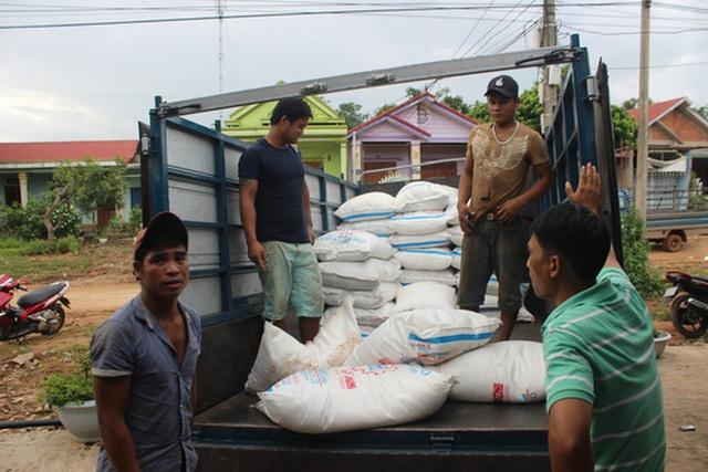Hơn 8 tấn đường lậu bị thu giữ