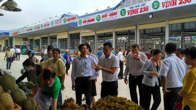 Các loại trái cây Nam Bộ được bán tại chợ đầu mối Dầu Giây