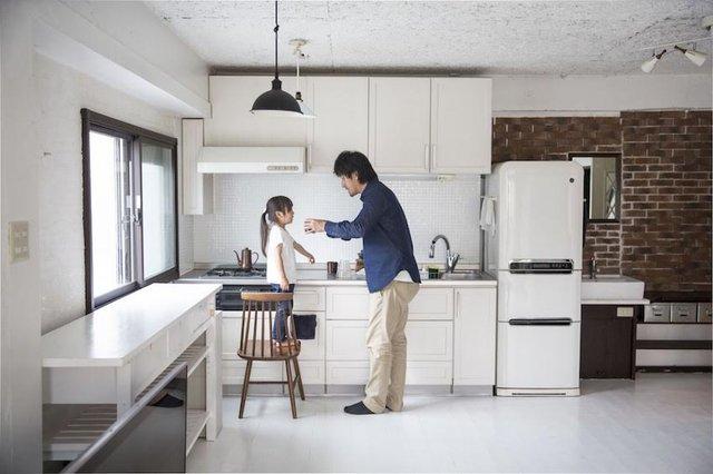Ngôi nhà của anh Naoki trông rộng rãi hơn vì không mấy đồ đạc.