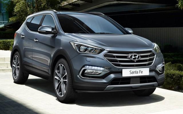 Hyundai Santa Fe là mẫu xe liên tục được giảm giá.
