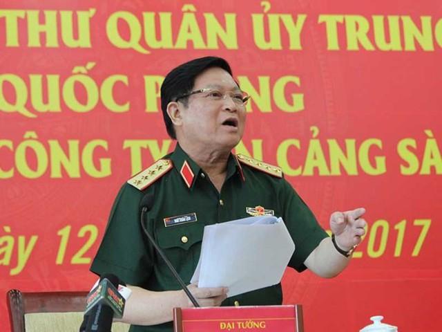 Bộ trưởng Ngô Xuân Lịch nói tại buổi làm việc với Tổng Công ty Tân Cảng Sài Gòn. Ảnh: HOÀNG GIANG