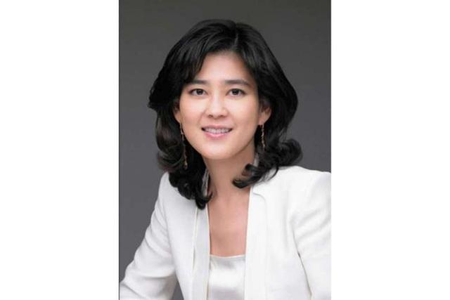 Bà Lee Boo-jin, 46 tuổi. Ảnh: HOTEL SHILLA