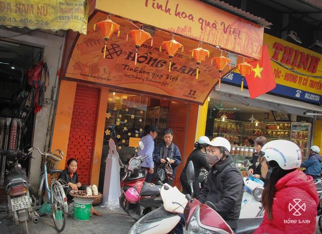 Cửa hàng Hồng Lam đầu tiên ở phố Hàng Đường, Hà Nội.