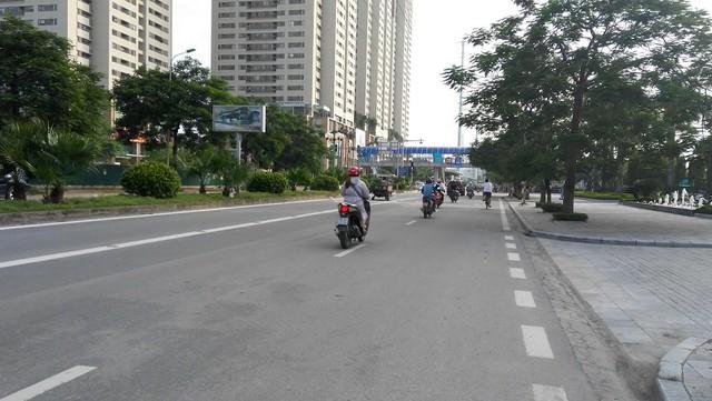 Đường Lê Văn Lương kéo dài (nay là đường Tố Hữu) đã đổi đời cho Nam Cường. Ảnh: L.Bằng