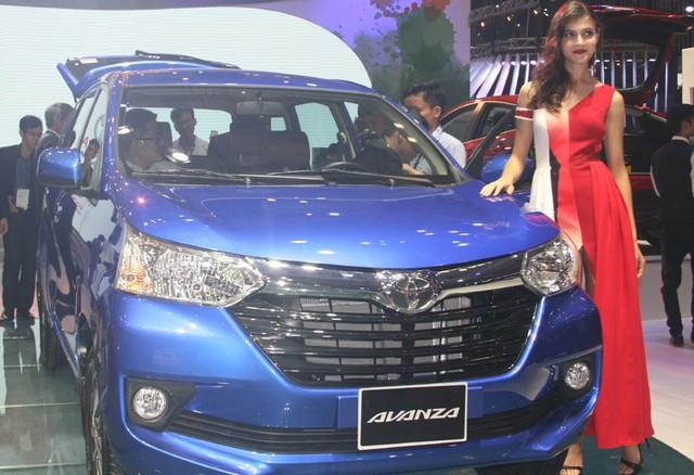 Hàng loạt mẫu xe nhỏ, giá rẻ được các DN đưa về thăm dò thị trường.