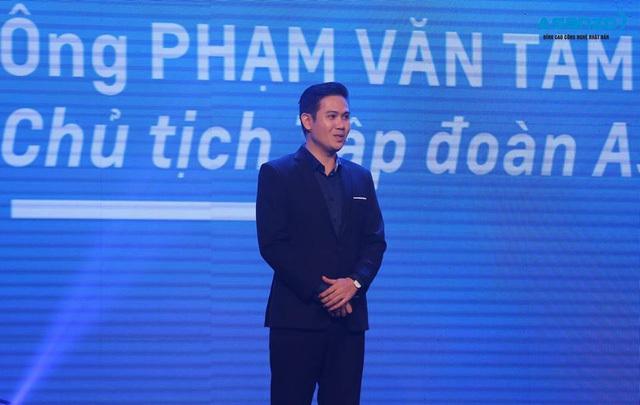 CEO Phạm Văn Tam với phong cách chân phương và gần gũi quen thuộc