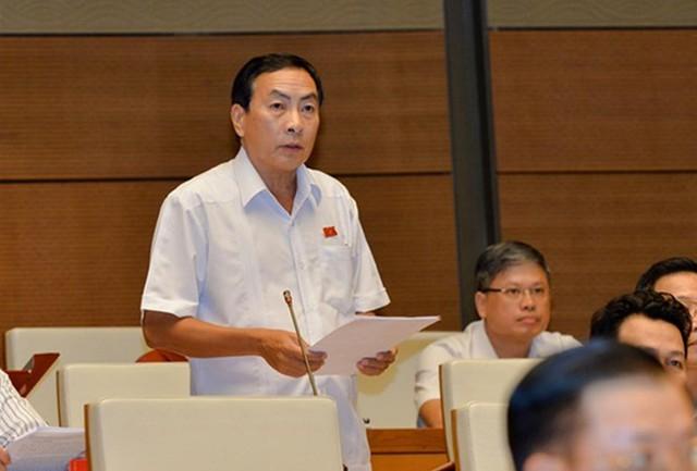 ĐBQH Phạm Văn Hòa.