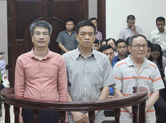 Ba bị cáo (từ trái sang): Đạt, Liêm và Khương.