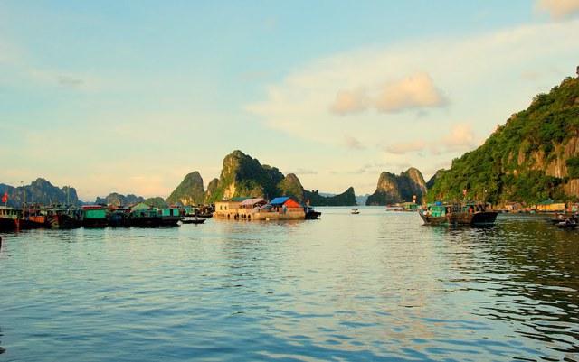 3 đặc khu kinh tế của Việt Nam là Vân Đồn, Phú Quốc, Bắc Vân Phong.