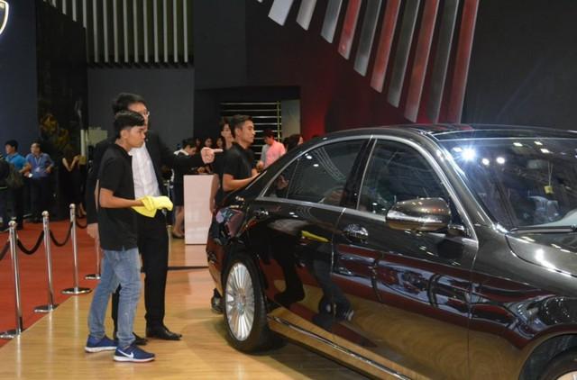 Ô tô nhập khẩu từ Indonesia về Việt Nam vẫn tăng mạnh, bất chấp sức mua thị trường đang chững lại.