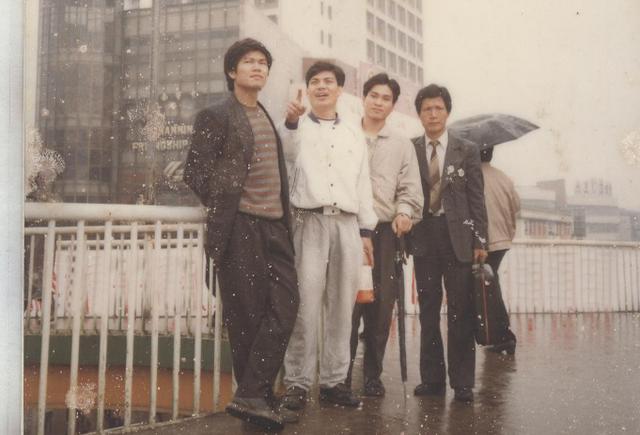 Từ trái qua: ông Trần Đình Long, ông Nguyễn Ngọc Quang, ông Trần Tuấn Dương