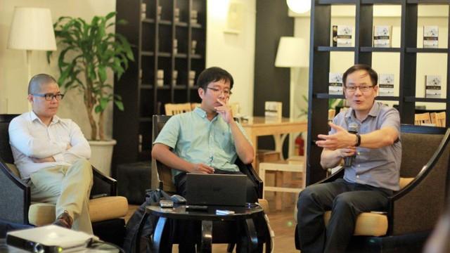 Nhóm tác giả trong buổi công bố chiều 6/9. Ảnh: Lê Văn