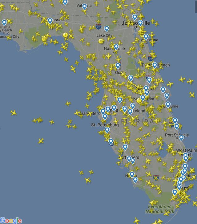 Bản đồ hoạt động bay tại bang Florida hôm 8-9. Ảnh: Bloomberg
