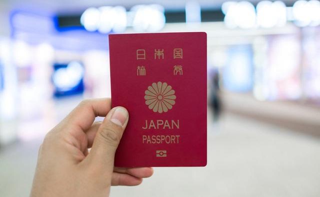 Tấm hộ chiếu Nhật Bản cho phép người dân đi du lịch được nhiều quốc gia trên thế giới mà không cần visa.