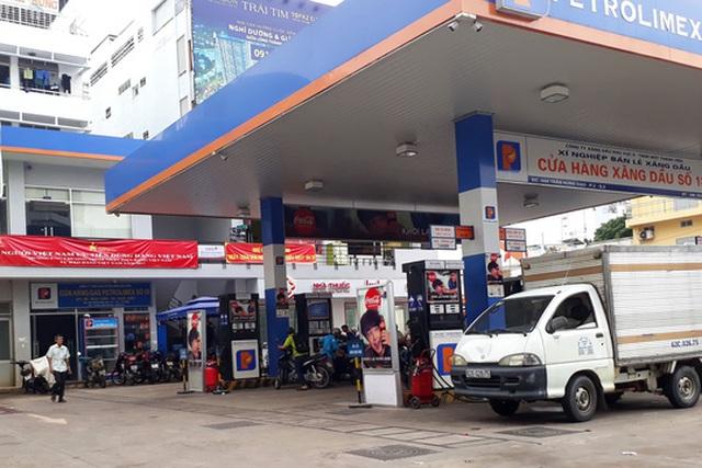 Theo các chuyên gia, doanh nghiệp Việt cần thay đổi mạnh mẽ hơn nữa để cạnh tranh với các doanh nghiệp ngoại Ảnh: TẤN THẠNH
