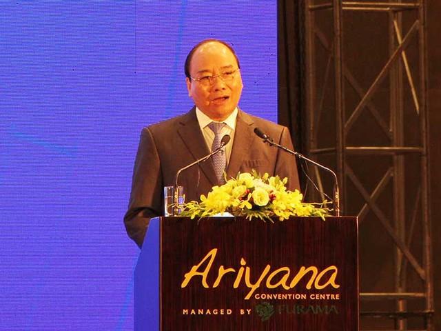 Thủ tướng Nguyễn Xuân Phúc cho rằng Đà Nẵng cần phải có tư duy mới, cách làm mới để tạo đột phá. Ảnh: TTXVN