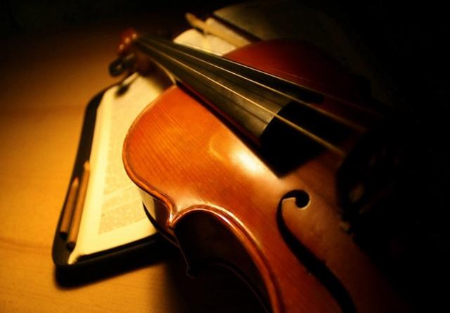 Chiếc vĩ cầm Messiah Stradivarius - Báu vật trăm năm của người nghệ sĩ. Ảnh: Internet.
