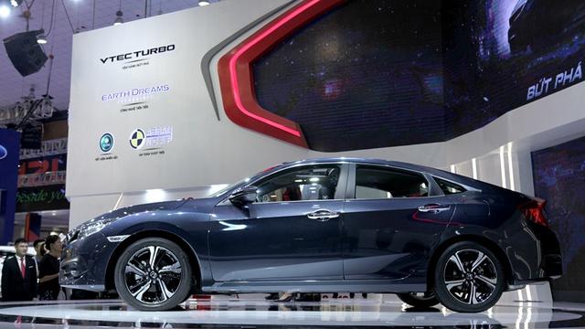 Những mẫu xe mới liên tục ra mắt nên các DN ô tô phải xả hết hàng tồn (ảnh minh họa - Lê Anh Dũng)