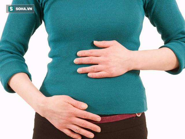 Chướng bụng là một trong những biểu hiện của bệnh gan.