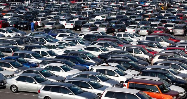 Dù thuế nhập khẩu có giảm về 0% nhưng trong năm 2018 tới, giá xe hơi trong nước cũng khó có khả năng giảm sâu. Ảnh minh họa