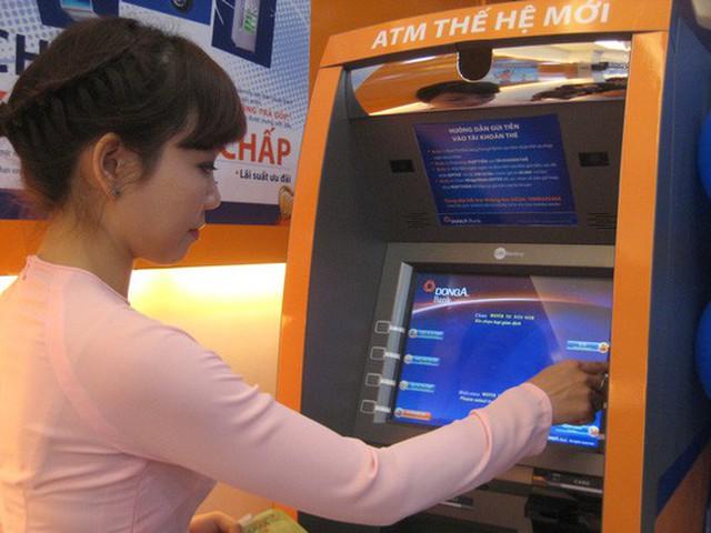 Hiện nay, một số ngân hàng hạn chế rút tiền tại máy ATM vào ban đêm