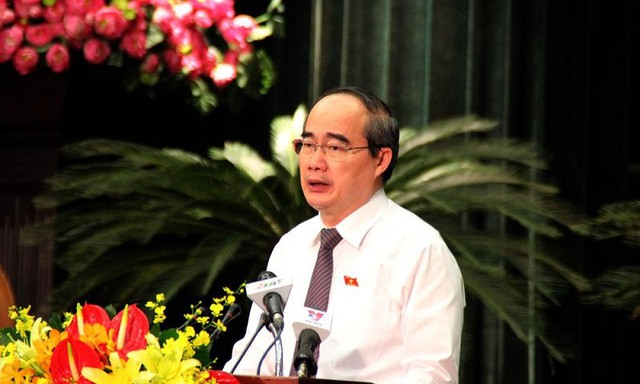 Bí thư Nguyễn Thiện Nhân phát biểu tại phiên khai mạc HĐND TP.HCM. Ảnh: TÁ LÂM