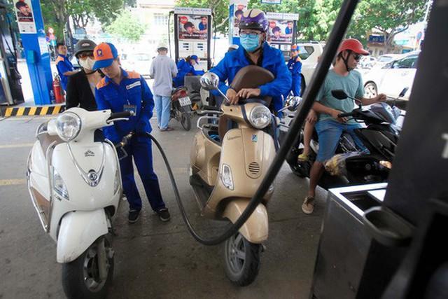 Hiệp hội Xăng dầu Việt Nam đề xuất một số phương án về thuế nhập khẩu để tính giá cơ sở.