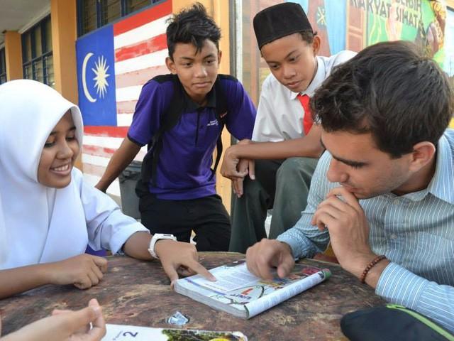 Mark Abadi trong một buổi giảng dạy tại Malaysia.