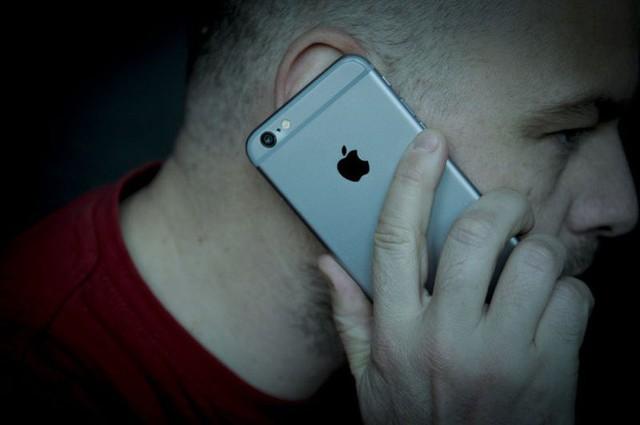 Mỹ cảnh báo điện thoại gây ung thư nhưng sự thật thế nào?