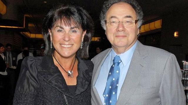 Ông Sherman và vợ Honey. Ảnh: REUTERS