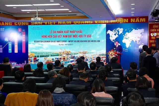 Phó Thủ tướng Vương Đình Huệ: Dự kiến năm 2017, Việt Nam xuất siêu 3 tỉ USD.