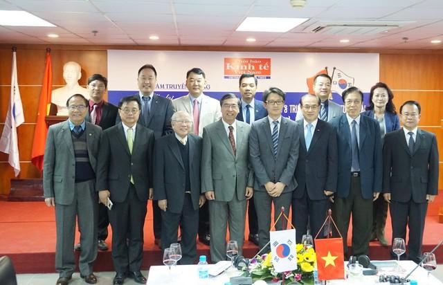 Thương mại Việt - Hàn hướng tới mốc 100 tỷ USD năm 2020 - Ảnh 1.