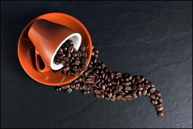 Cà phê có một số tác dụng phụ, thường ảnh hưởng nhiều nhất đến những người ít khi tiêu thụ caffeine
