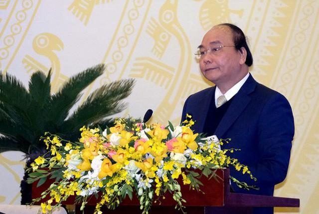 Thủ tướng Nguyễn Xuân Phúc phát biểu tại hội nghị - Ảnh: Quang Hiếu