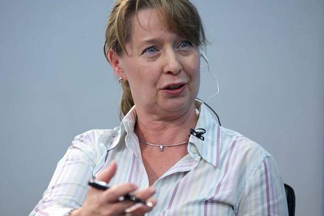 Bà Jolanta Kryspin-Watson, chuyên gia trưởng toàn cầu về quản lý rủi ro thiên tai của Ngân hàng Thế giới chia sẻ tại Góc nhìn thẳng: (ảnh: Lê Anh Dũng)