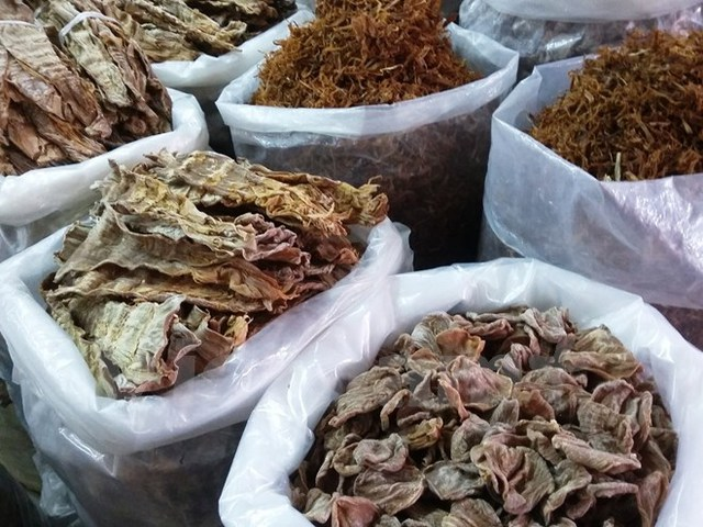 Măng khô tăng giá từ 10.000 – 30.000 đồng/kg tùy theo từng loại. (Ảnh: Vũ Hương/Vietnam+)