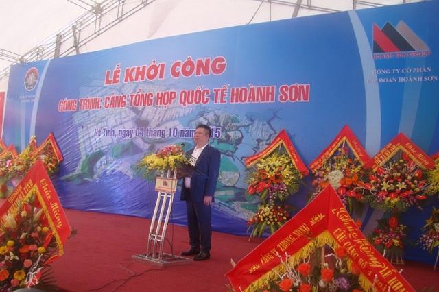 Ông Phạm Hoành Sơn, Tổng giám đốc Tập đoàn Hoàn Sơn phát biểu tại lễ khởi công. Ảnh: Báo Giao Thông