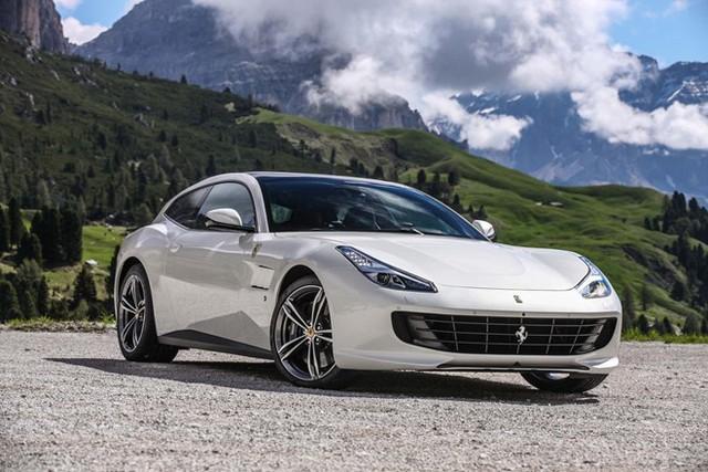 Ferrari GTC4 Lusso là minh chứng cho việc siêu xe có thể sử dụng mỗi ngày. Ảnh: Motortrend.