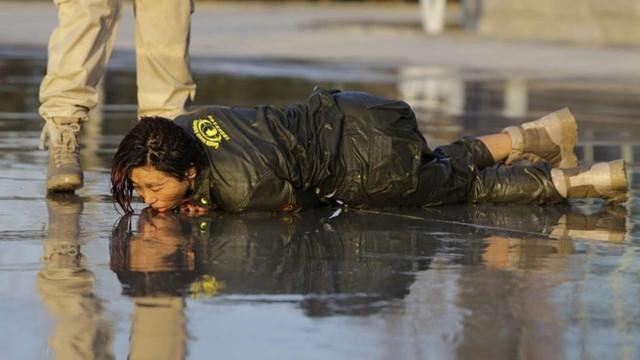 Nữ vệ sĩ Trung Quốc trong quá trình huấn luyện. Ảnh: Reuters.