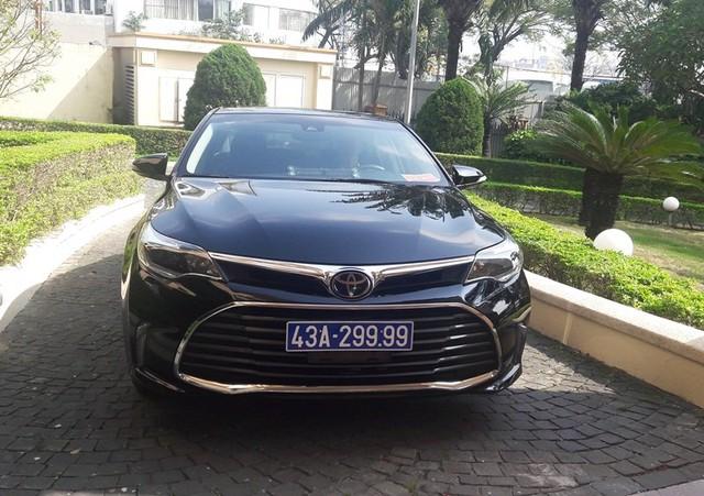Chiếc Toyota Avalon đưa đón Bí thư Đà Nẵng Nguyễn Xuân Anh