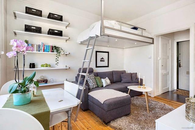 Mới bước vào nhà, không ai nghĩ rằng căn hộ này lại chỉ có diện tích 19m2.