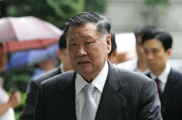 Chung Mong Koo, người con thứ 2 của nhà sáng lập Huyndai Chung Ju Yung. Ảnh: AFP.