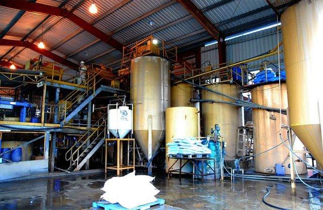 Nhà máy chế biến vàng ở Bồng Miêu