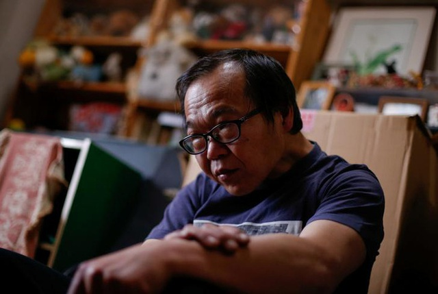 Giờ đây, ông Akihiro Karube chỉ có thể dựa vào nguồn tiền lương hưu ít ỏi từ cha mình.