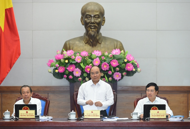 Thủ tướng chủ trì phiên họp Chính phủ thường kỳ tháng 4/2017. Ảnh: Quang Hiếu